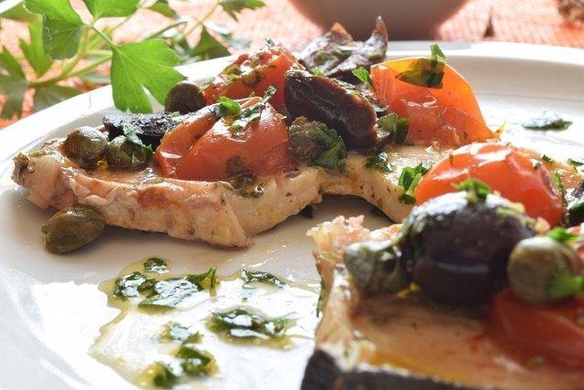 Pesce spada con pomodorini Pachino