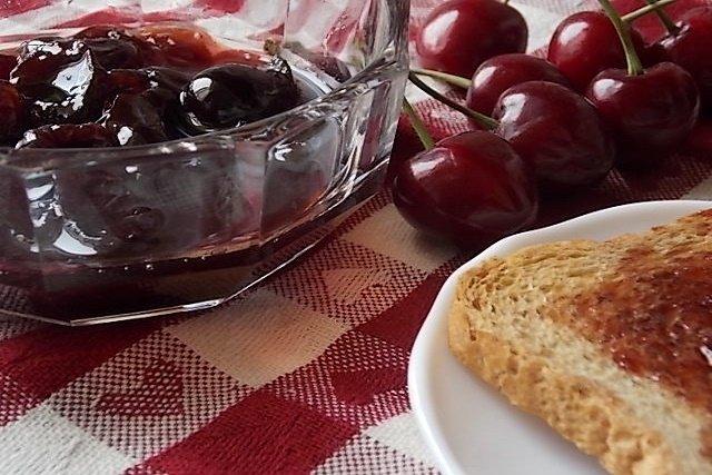 Confettura di ciliegie – come assaporare l'estate