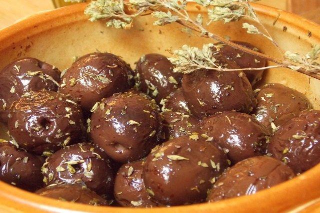 Olive nere infornate, ricetta meridionale