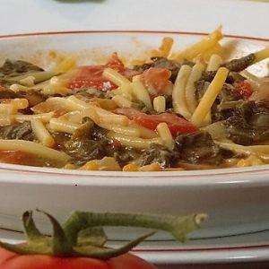 pasta con zucchina e tenerumi