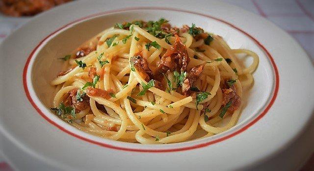 Spaghetti col capuliato