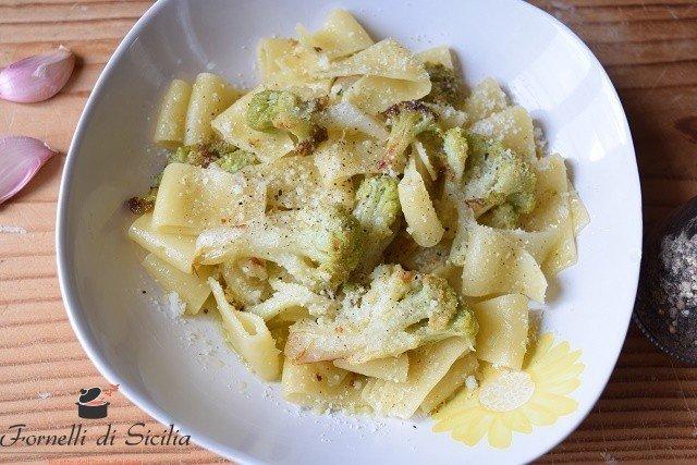 pasta broccoli fritti