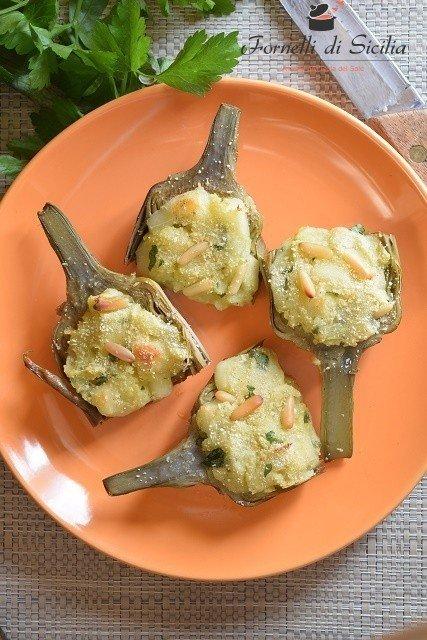 Mezzi carciofi ripieni di patate