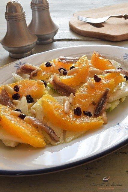 Insalata di arance finocchi e acciughe