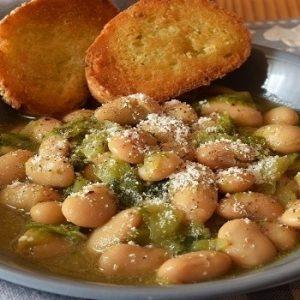 Zuppa di cavolo e fagioli bianchi