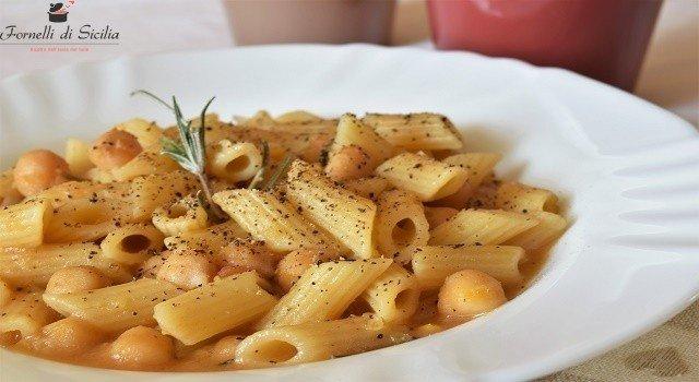 zuppa di pasta e ceci