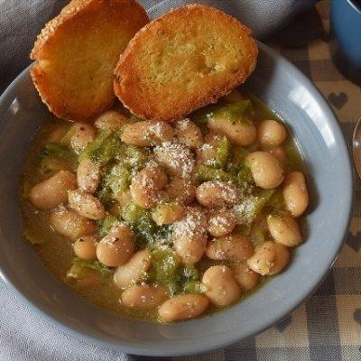 zuppa cavolo fagioli