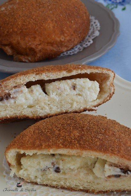 iris fritta dolci siciliani