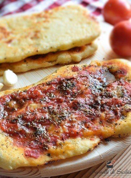pizza fuata