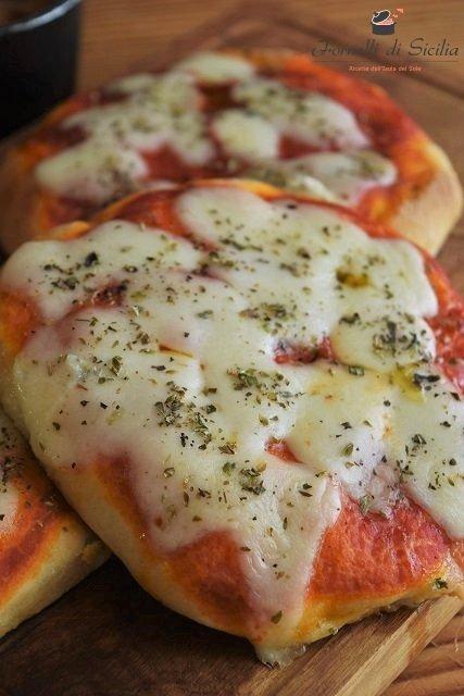 pizzette siciliane di pasta brioche