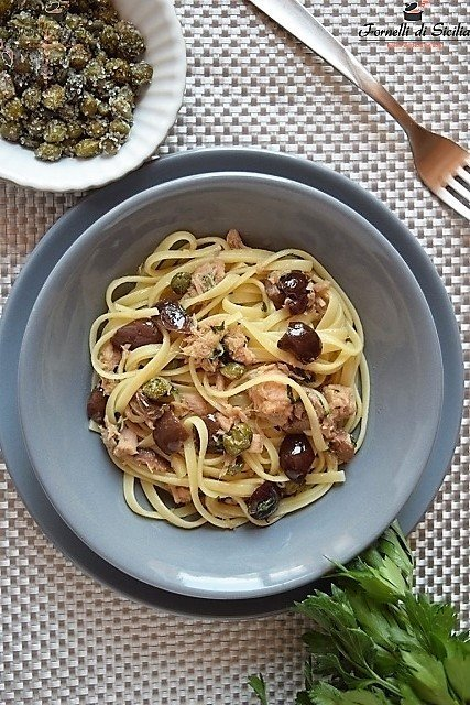 linguine con olive e capperi