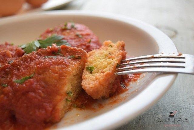 frittata-di-uova-al-sugo