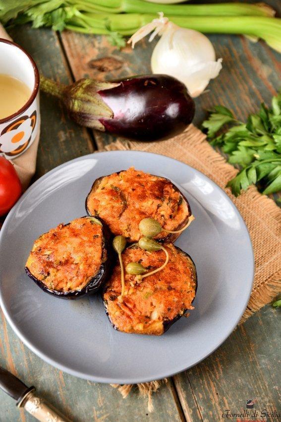 melanzane ripiene di pecorino e pangrattato
