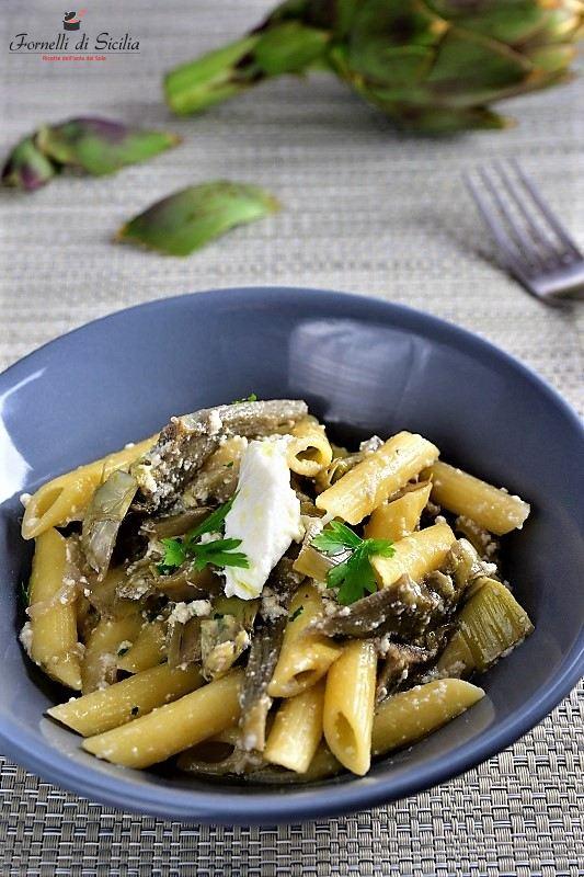 Pasta con carciofi e ricotta – La ricetta