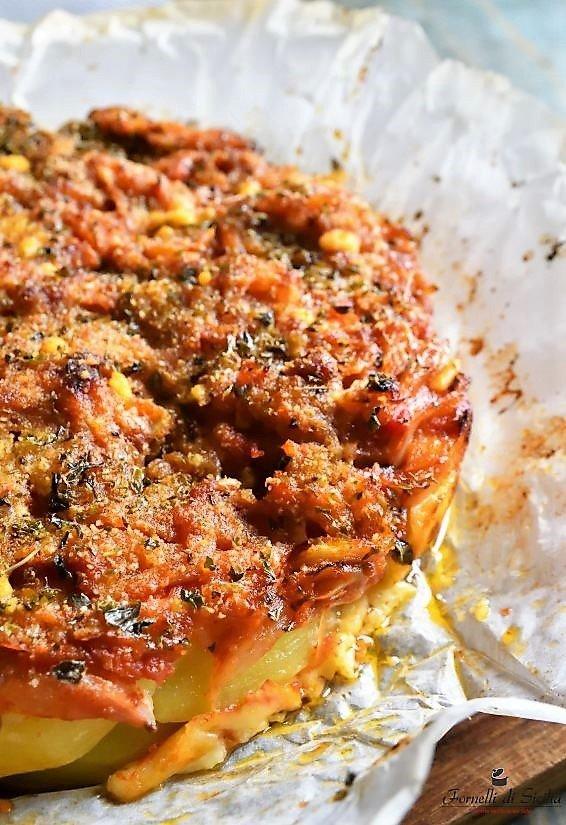 Patate a sfincione: ricetta siciliana di patate