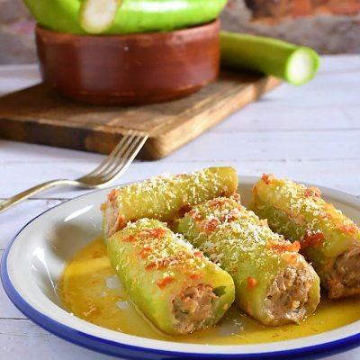 zucchina con carne e ricotta salata
