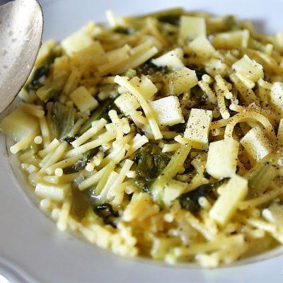 pasta con la lattuga