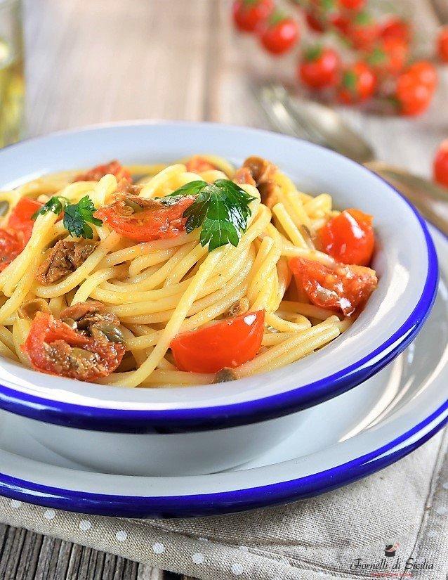 Spaghetti alla strombolana – Ricetta delle isole Eolie